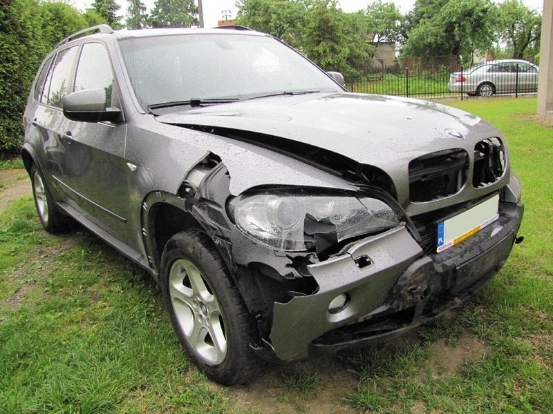 Ein technisches Gutachten nach dem Autounfall – Unfallschaden
